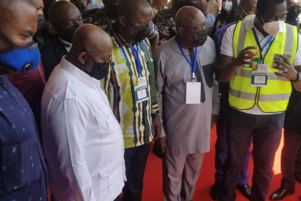 Ghana's president introduced to mercury-free mineral processing technology
